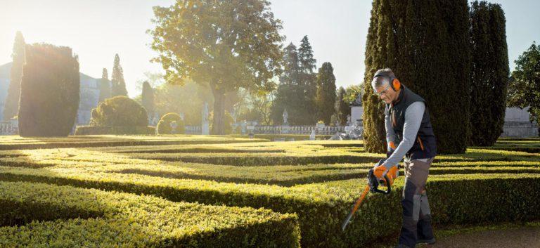 Rasenmäher, Heckenscheren oder Motorsägen: Entdecken Sie unsere Auswahl an Gartentechnik namhafter Hersteller.